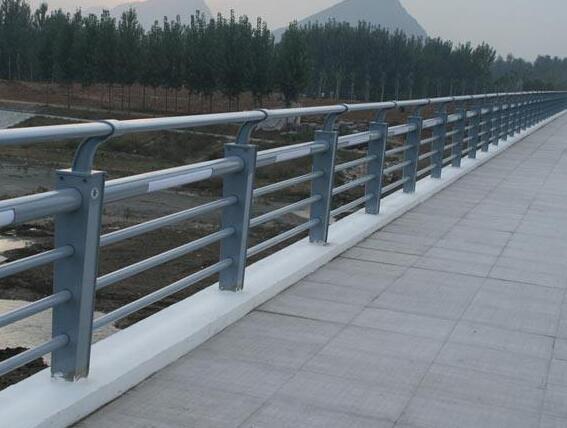 不锈钢灯光护栏
