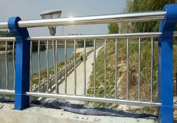 桥梁护栏栏杆